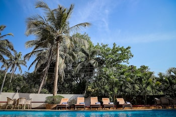 Picture of Amor Beach Resort in Candolim