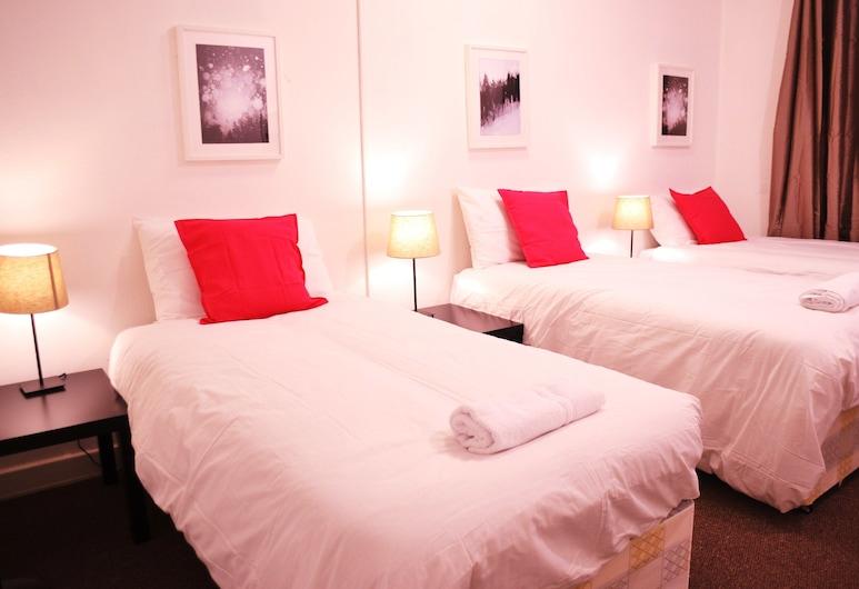 The Lion Head, Londýn, Štandardná trojlôžková izba, 3 jednolôžka, spoločná kúpeľňa, Hosťovská izba