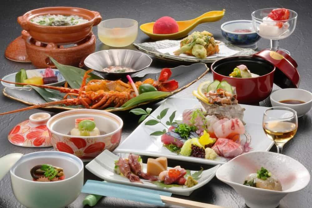 Tradicionális szoba (Hinoki&Shigarakiyaki-Bath - Suigyoku) - Rjokan típusú étkezés