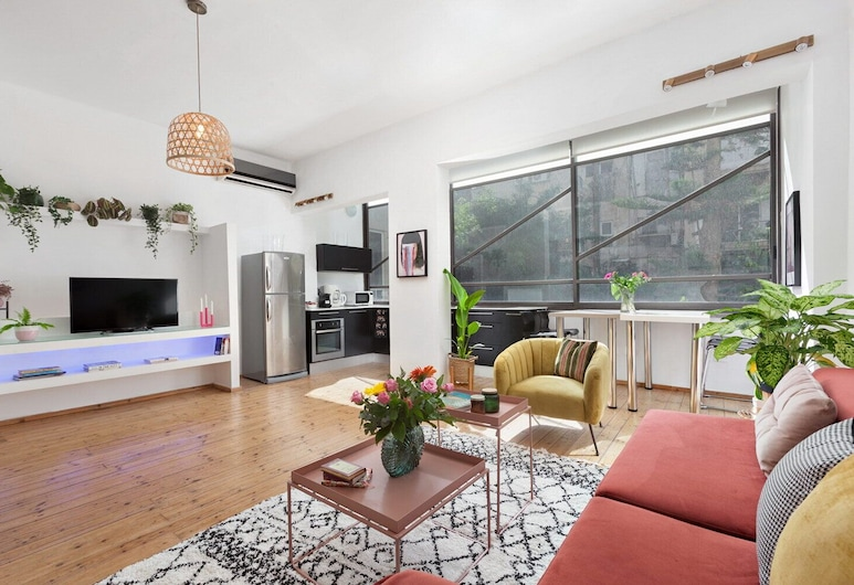 Boutique Apartment-Stay At My Place, Tel Aviv, Apartment, Living Area