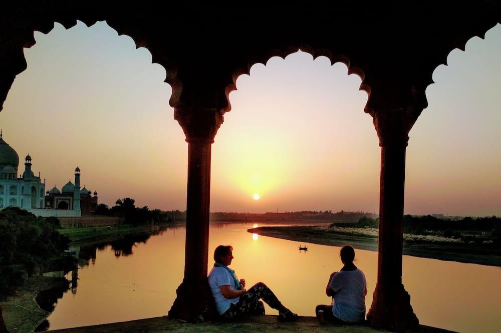 Zigzag Hostel Agra, Agra