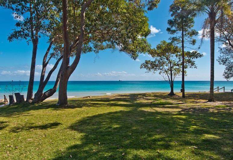 Betty's Place, Isla Moreton, Playa