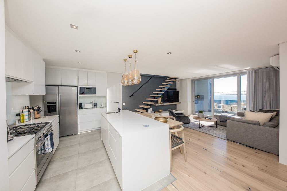 Penthouse de lujo, 2 habitaciones, vista al mar - Sala de estar