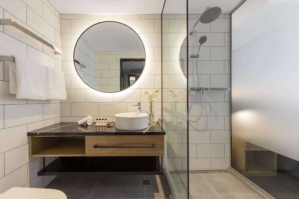 Hotel Room City View (No Housekeeping) - Bathroom