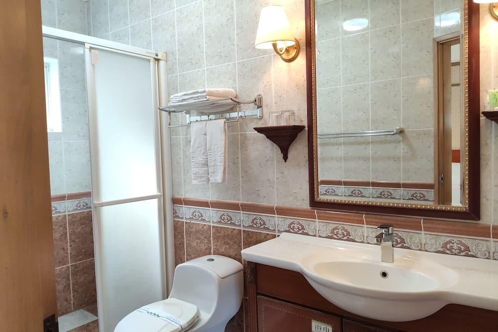 Rodinná trojlôžková izba - Kúpeľňa