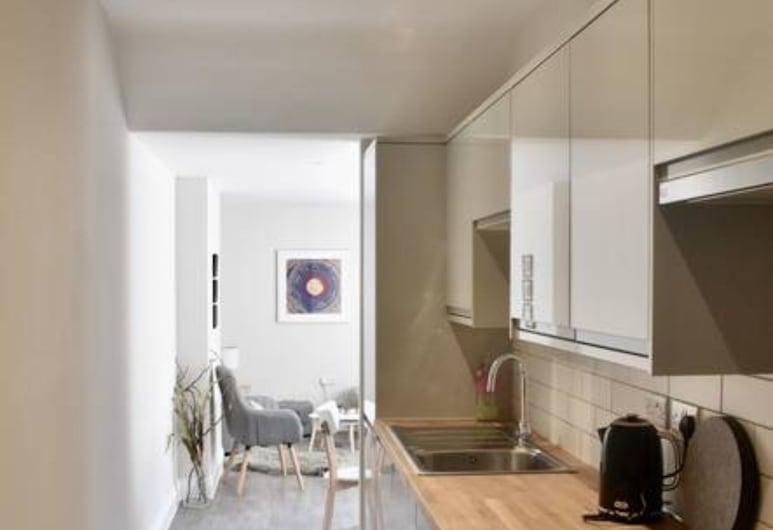 Modern 2 Bedroom Flat Near Brighton Station, Brighton, Apartment (2 Bedrooms), Private kitchen