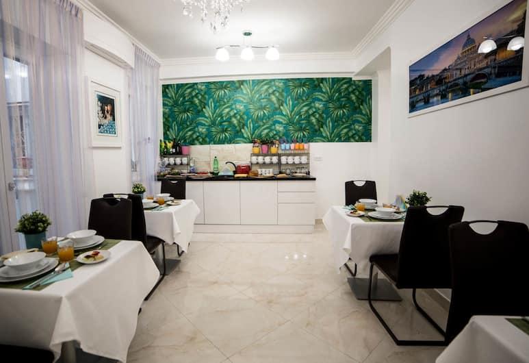 St. Peter Area Luxury Suites, Roma, Area soggiorno