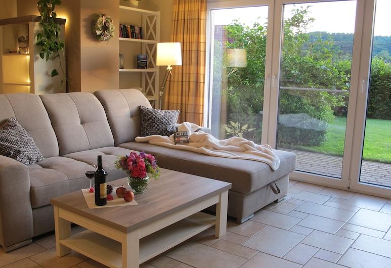 Ferienwohnung Fasse, Uslar, Apartment, 1 Bedroom, Terrace, Living Area