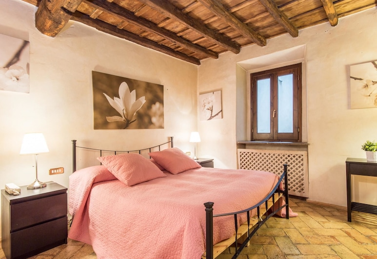 RSH Elegant Large Apartment Piazza Navona, Rome, Room