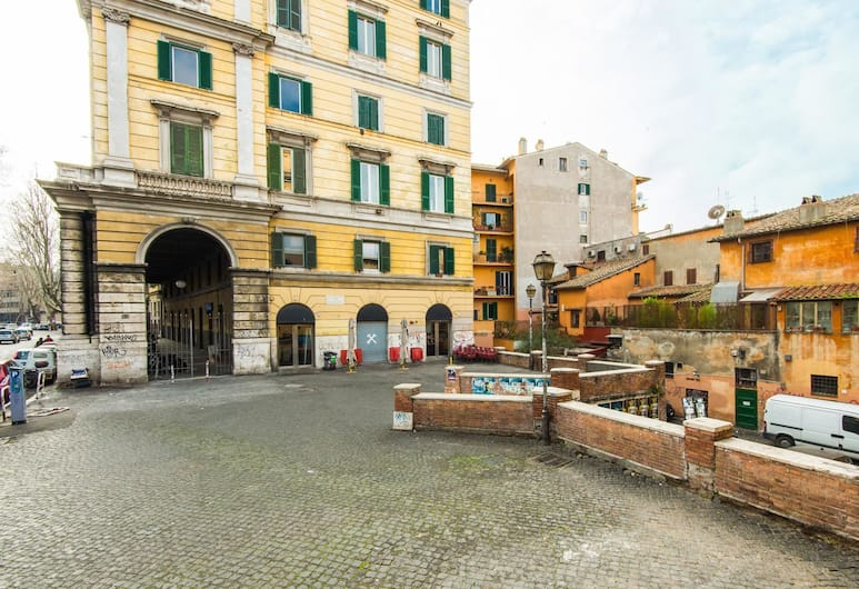 RSH Trastevere Luxury Large Apartment, Rome, Exterior