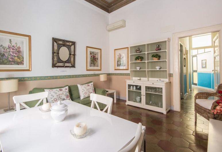 RSH Ara Pacis Terrace Apartment, Rome, Lägenhet - 2 sovrum - terrass, Vardagsrum