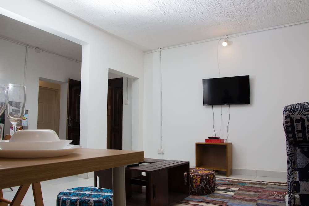 Double Room, 2 Bedrooms - In-Room Dining