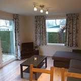 Bungalow, 2 Bedrooms, Private Bathroom - Living Area