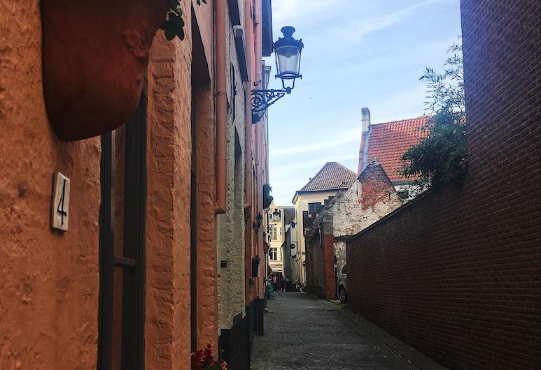 Hotel Leopold, Brugge, Hotellets front