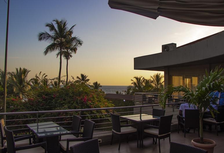 Mamba Point Hotel, Monrovia