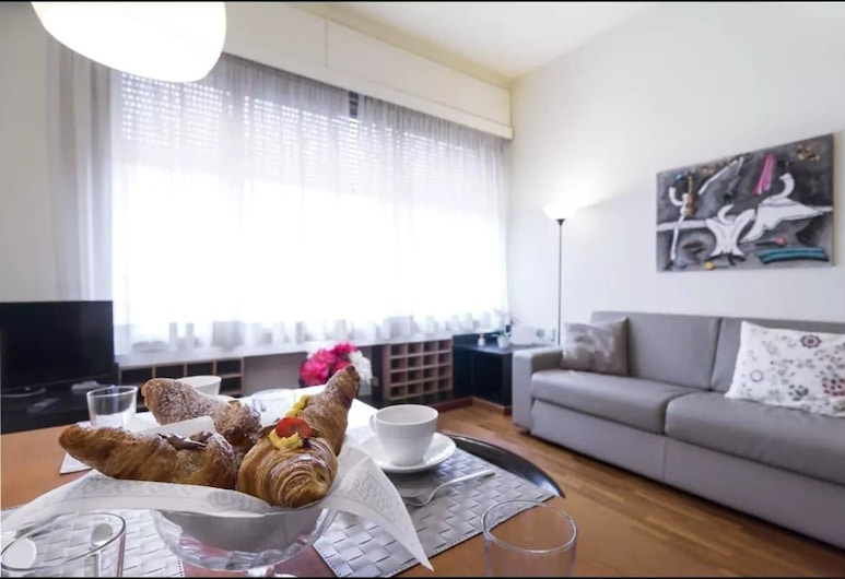 Heart Milan Apartments Porta Nuova, Milan, Apartment, 1 Bedroom, Living Area