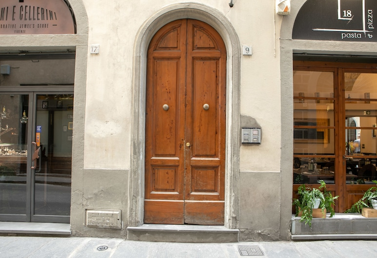 Modern Duomo View, Florence, Property entrance