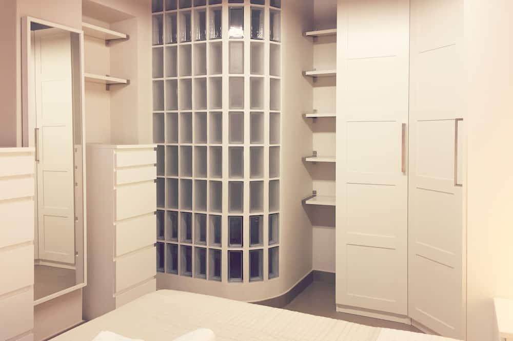 Apartment (01) - Room