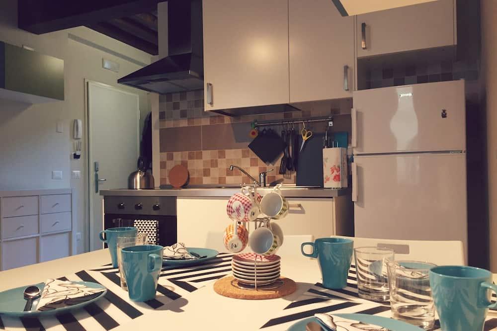 Apartment (02) - Living Area