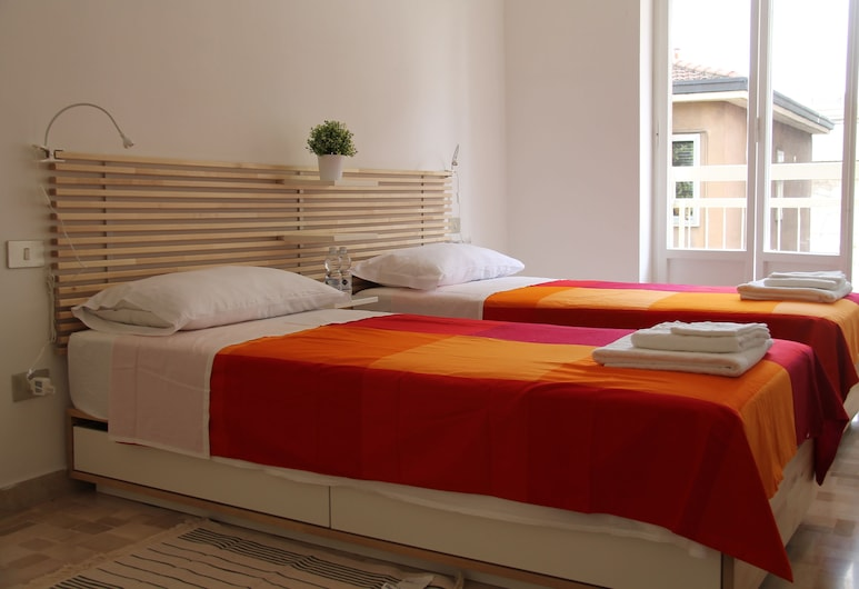 Stephenson Apartment, Milan, Family Apartment, Multiple Beds (1F), Room