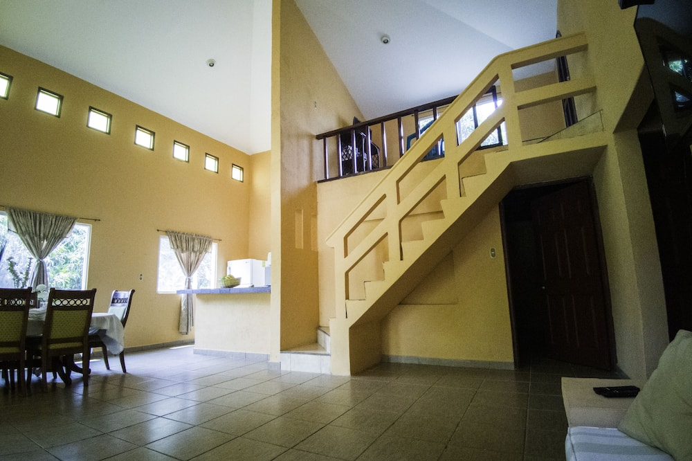 Traditional House, Multiple Beds, Private Pool, Pool View - Living Room