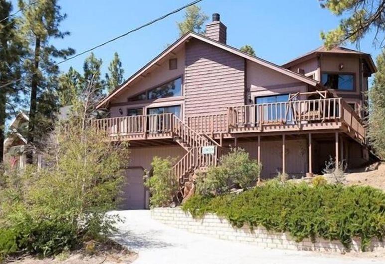 Grizzly Manor, Danau Big Bear