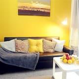 Standard Apartment, 2 Bedrooms (Flat 5) - Living Area