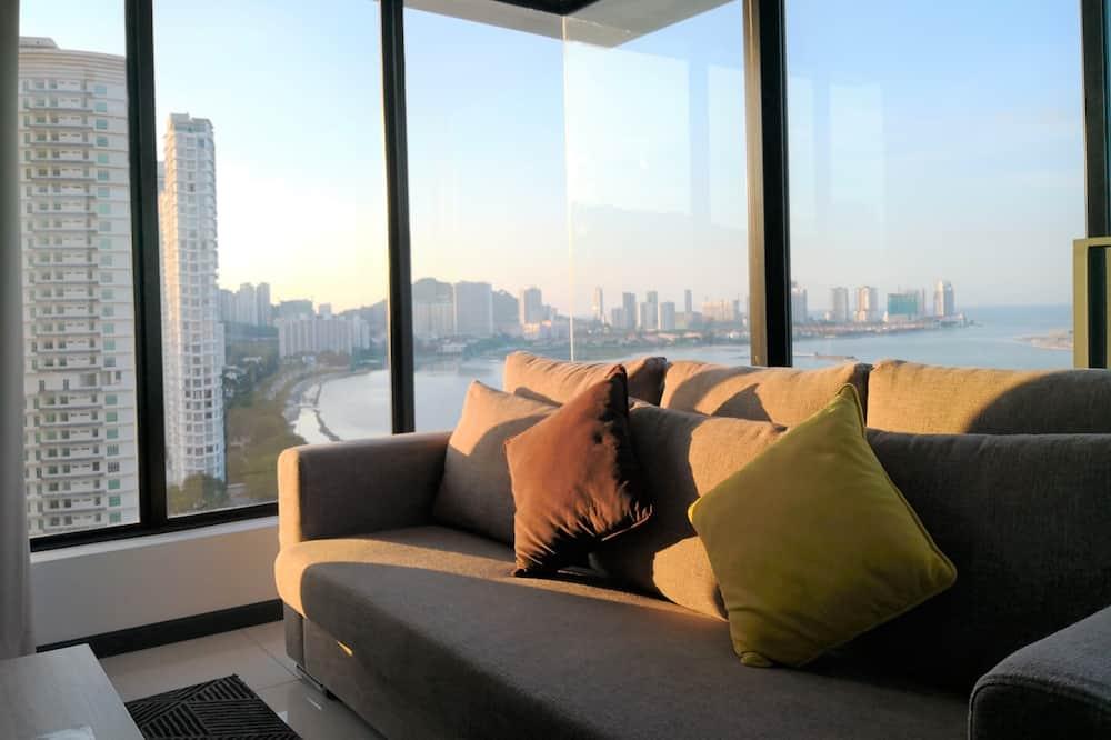 สแตนดาร์ดอพาร์ทเมนท์, หลายเตียง, เห็นวิวทะเลบางส่วน (SG12-1) - พื้นที่นั่งเล่น