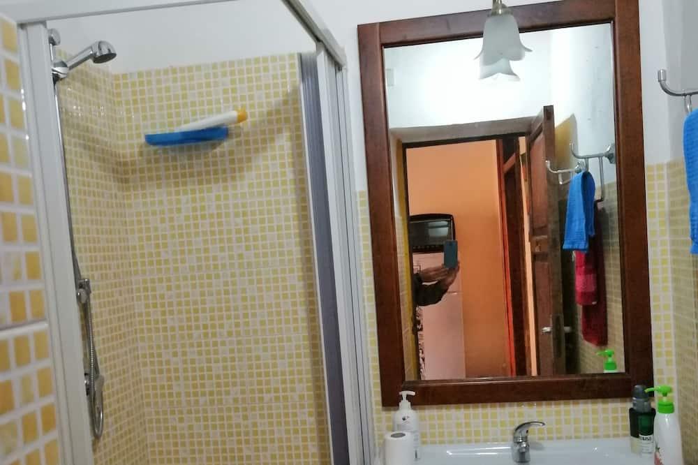 ห้องดีลักซ์ดับเบิล, ห้องน้ำรวม, วิวเมือง - ห้องน้ำ