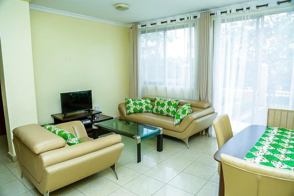 Apartment, 3 Bedrooms - Living Area