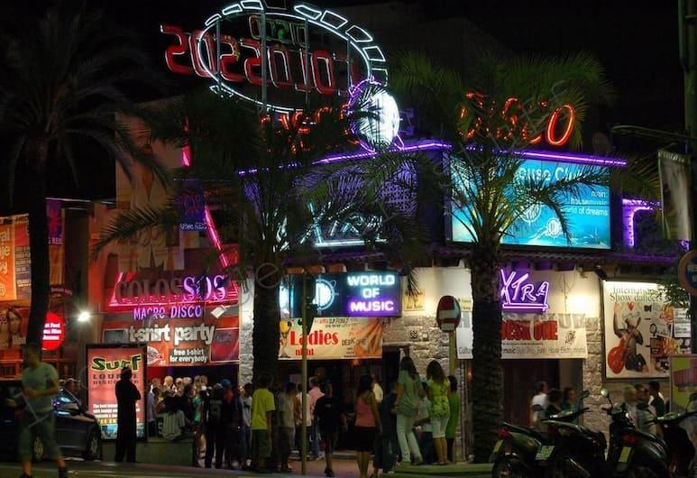 Sun Beach Hotel, Lloret de Mar, Z zewnątrz