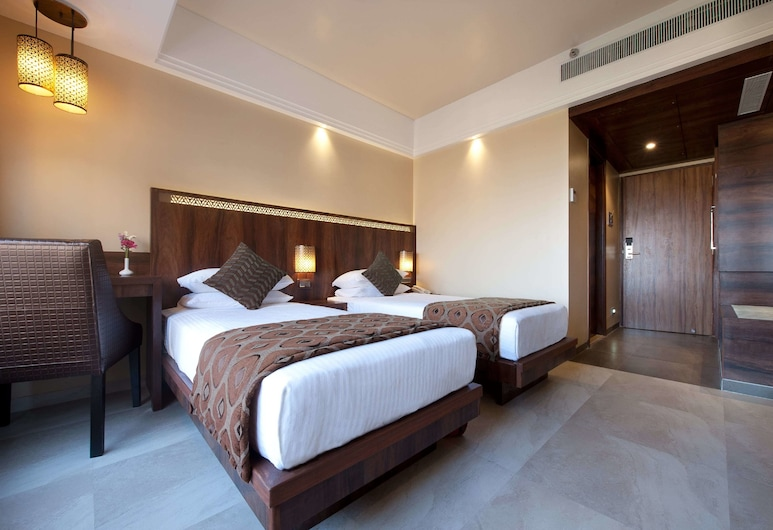 Hotel Crawford Inn, Mumbai, Deluxe Double or Twin Room, Guest Room