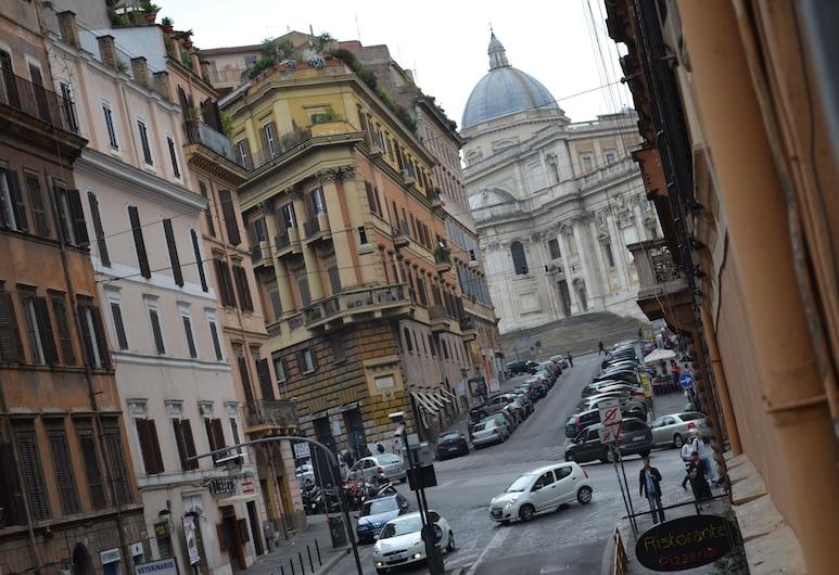 Lovely Apartament near Colosseum, Rome