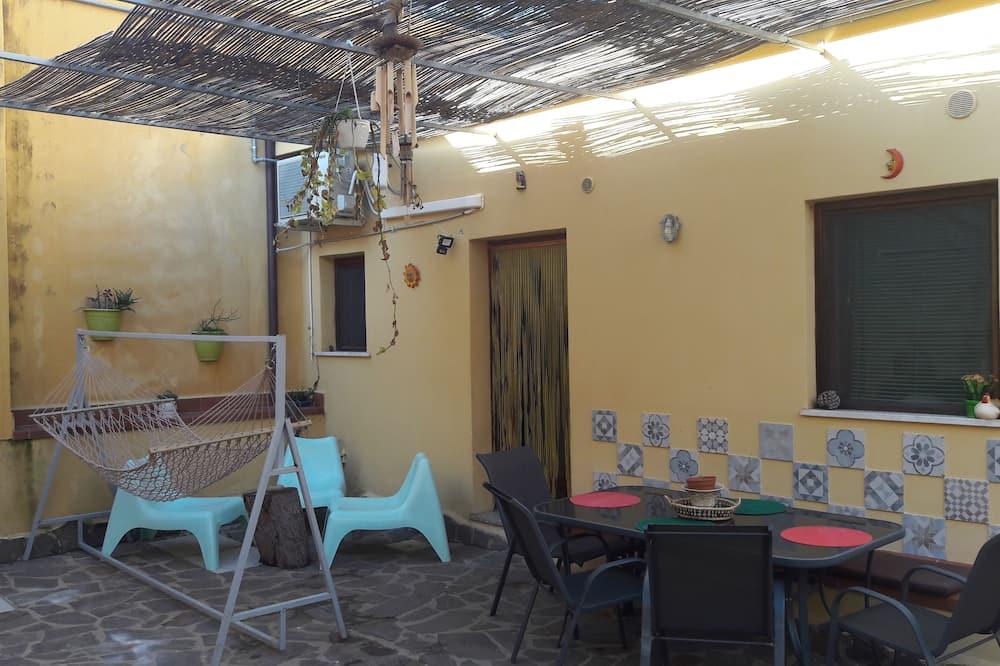 Comfort appartement, 2 slaapkamers, Uitzicht op de binnenplaats - Balkon