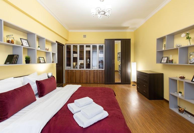 GoodAps Kutuzovskiy prospect 3 rooms, Moscow, Apartment, City View, Room