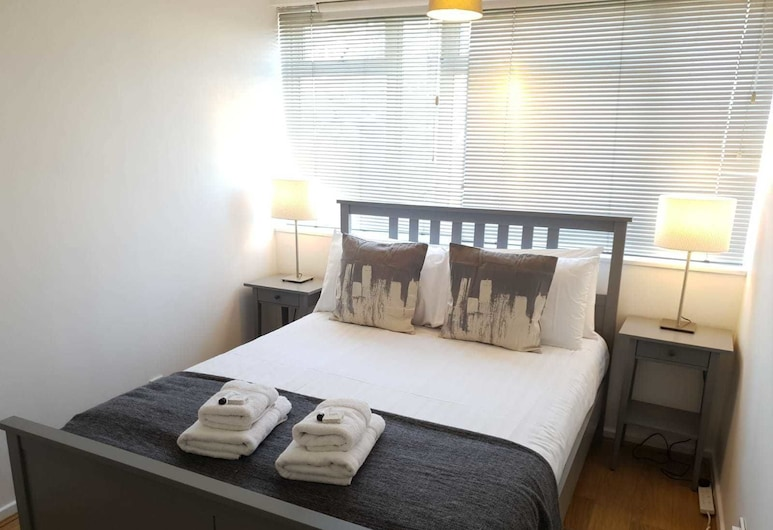 Bright and Spacious 3 bed Flat Westminster, London