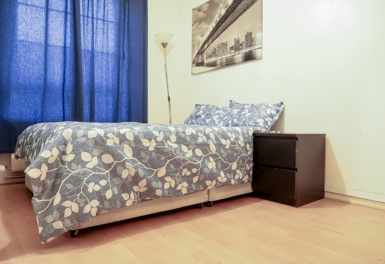 Greatorex House Deluxe Guest Room, London