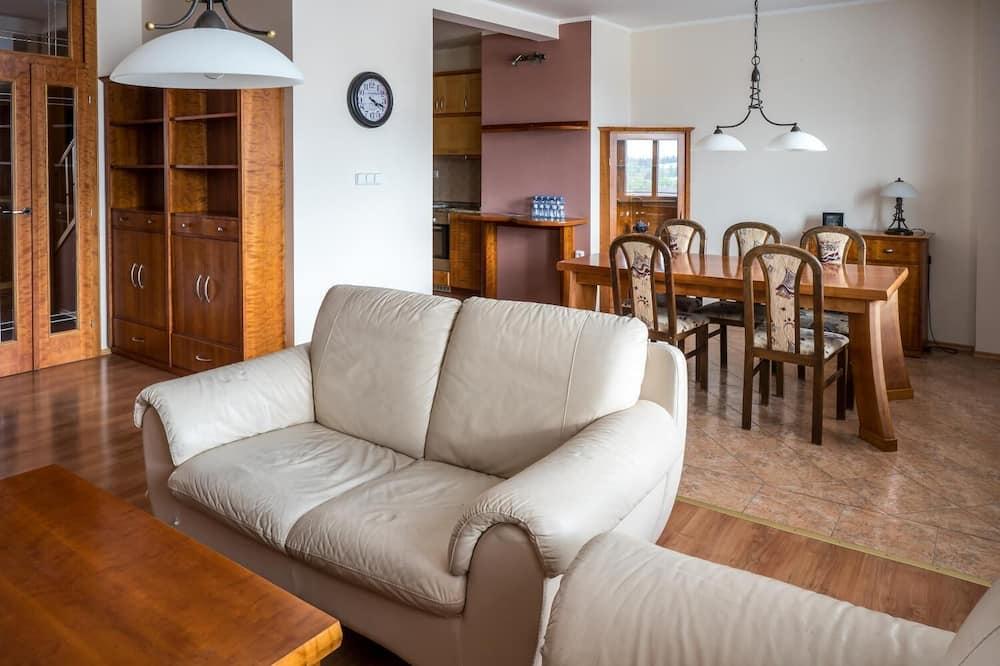 Apartemen Premium - Ruang Keluarga