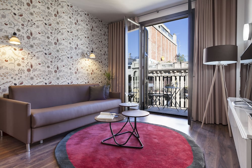 Lägenhet - 2 sovrum - 2 badrum - Vardagsrum