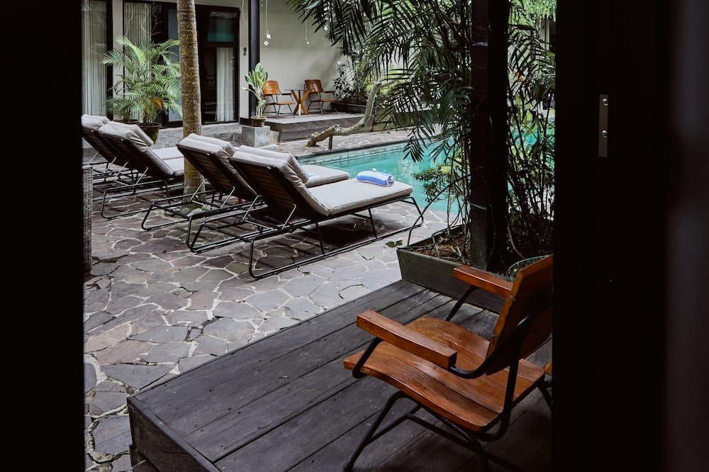Poolside Deluxe - Terrasse/patio
