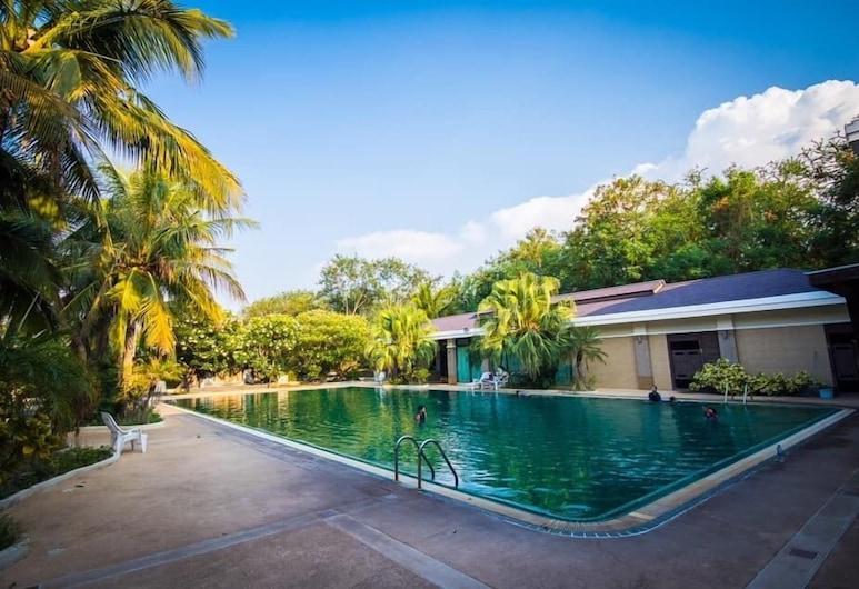 Leelawalai Rest Hotel, Chum Phae, Pool
