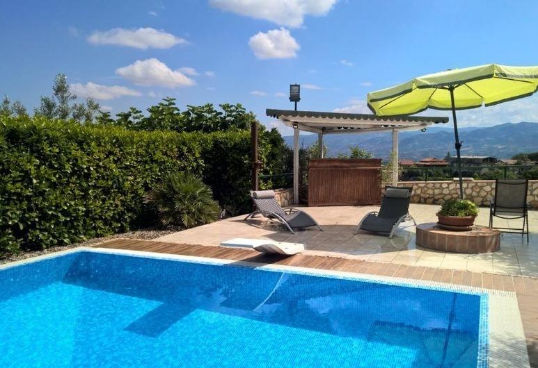 Tetto Verde, Carolei, Outdoor Pool