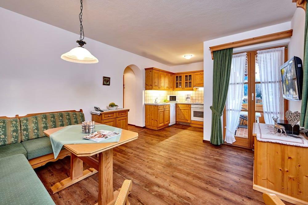 Apartamentai, 1 miegamasis, balkonas (Fewo 3) - Vakarienės kambaryje