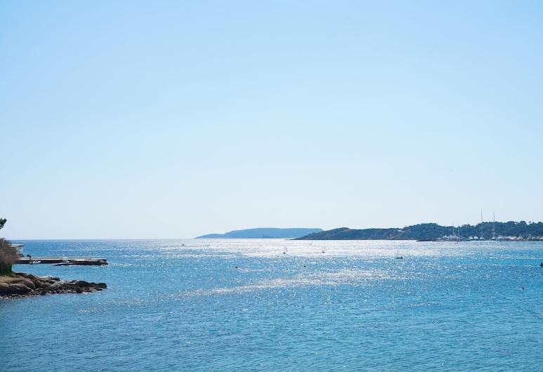 Secret Aktis by BluPine, Vari-Voula-Vouliagmeni, Playa