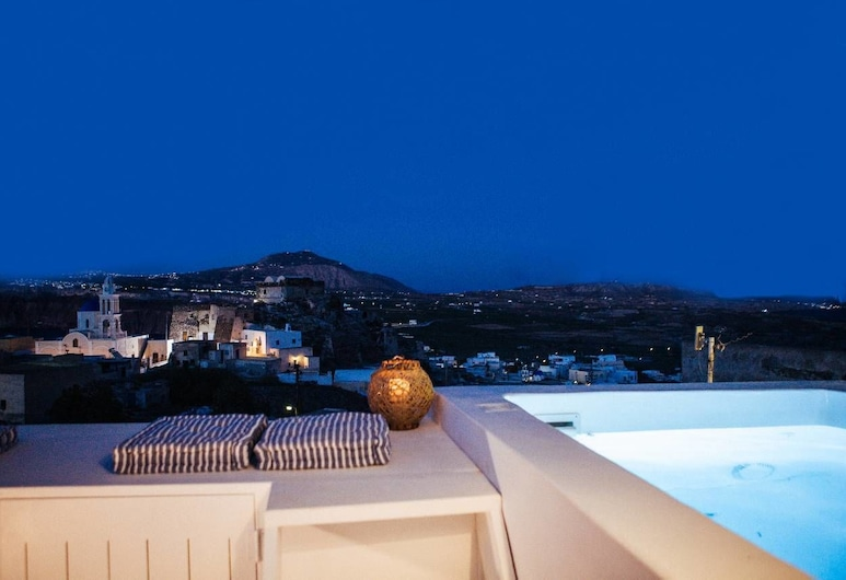 Akrotiri Cycladic Suites, Santorini, Luxury Suite, 1 Queen Bed with Sofa bed, Kitchen, Ocean View (Cycladic), Balcony