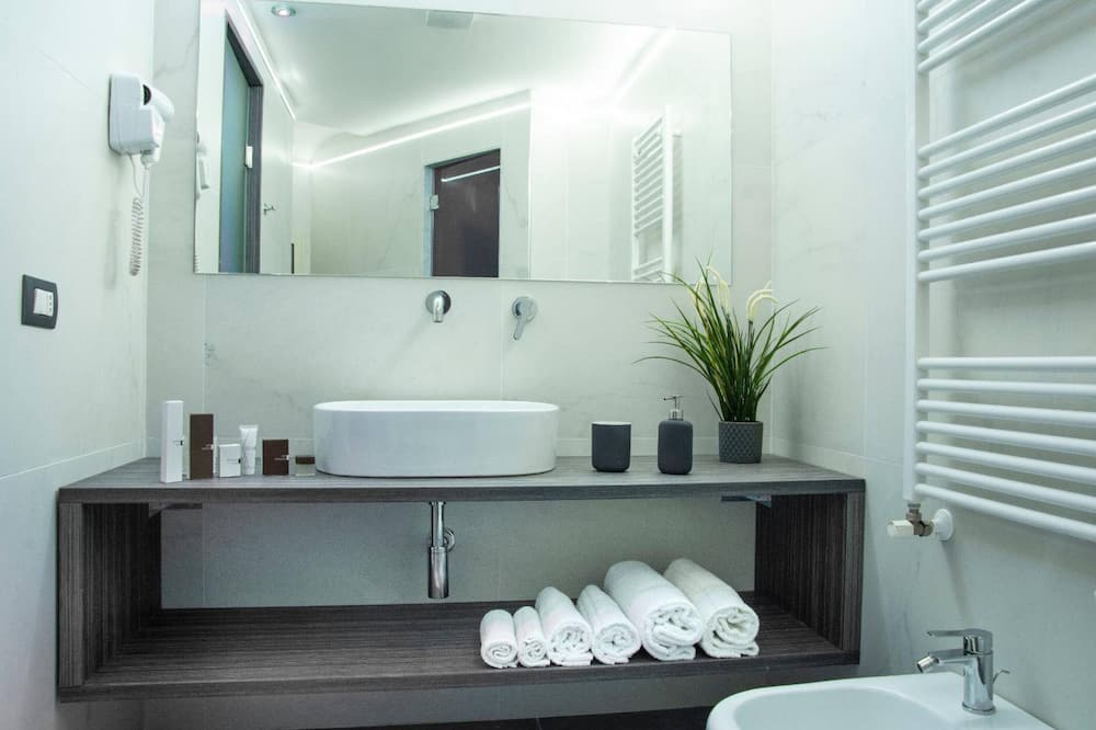 ロマンティック ルーム コートヤードビュー - バスルーム