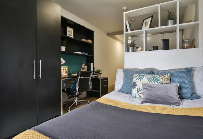 Hashtag Bankside Campus Accommodation, London, Standard Double Room, 1 Double Bed, Guest Room