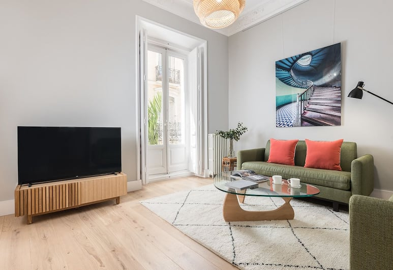 Home Club San Gregorio I, Madrid, Apartment, 2 Bedrooms, Living Area