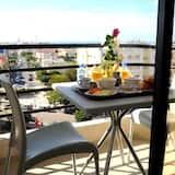 Comfort Studio Suite - Terrace/Patio