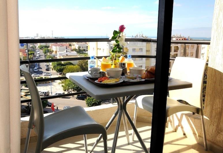 Hotel Al Madina, Safi, Comfort stuudiosviit, Terrass